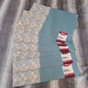 Set of 6 Placemats NWT